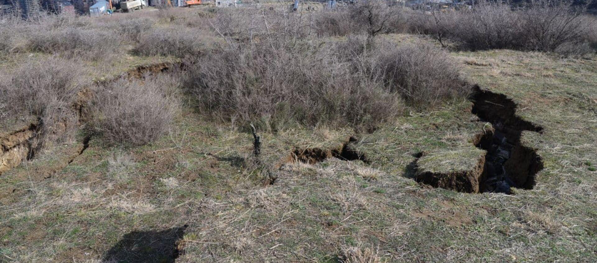 Оползневая зона в столице Грузии - Sputnik Грузия, 1920, 18.03.2021