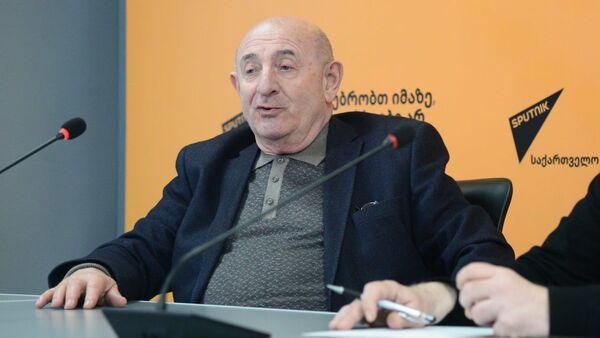 Кризис расколол общество: эксперт дал оценку политическим процессам в стране - Sputnik Грузия