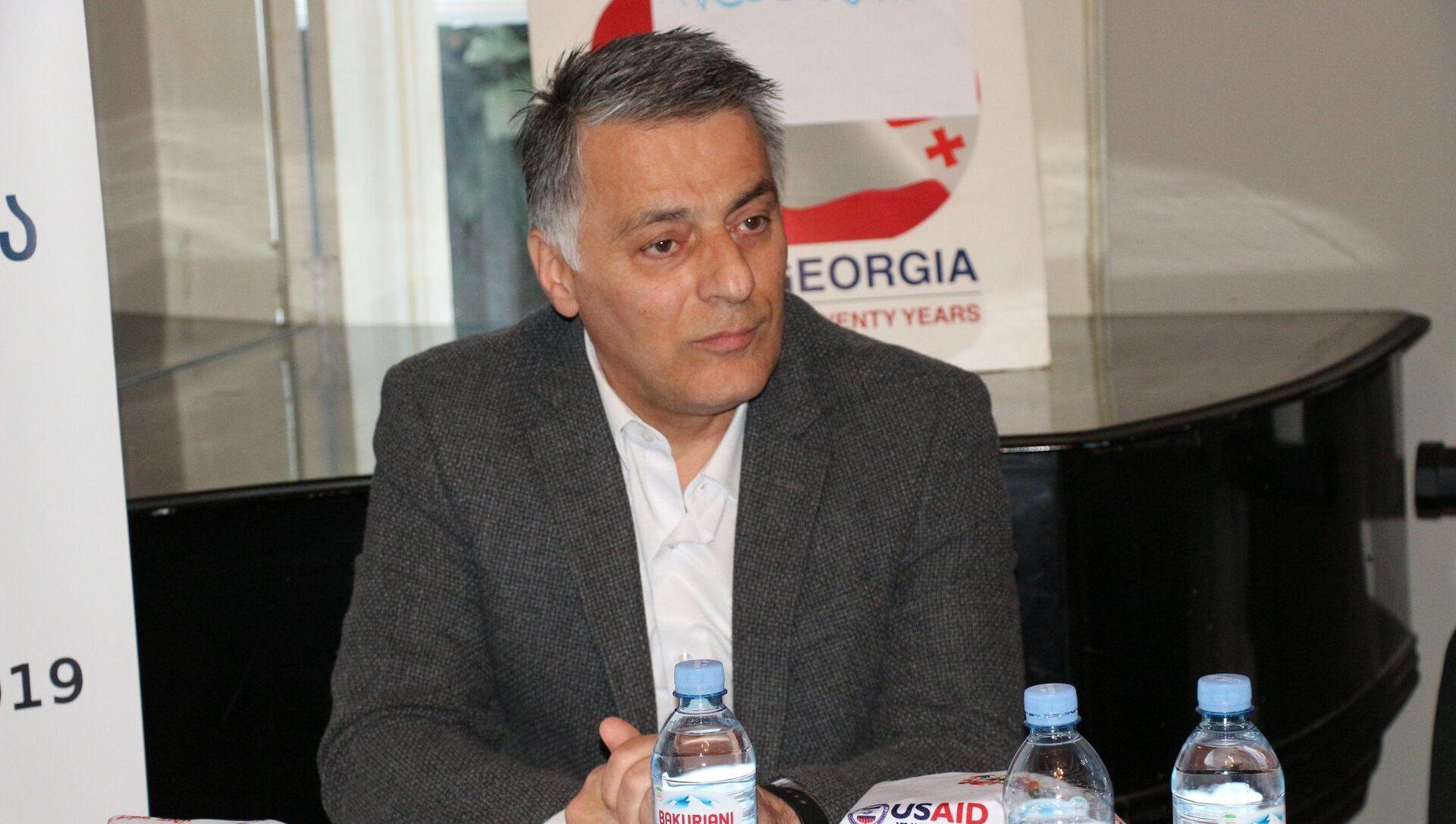 Депутат парламента Грузии Заал Микеладзе - Sputnik Грузия, 1920, 26.03.2021