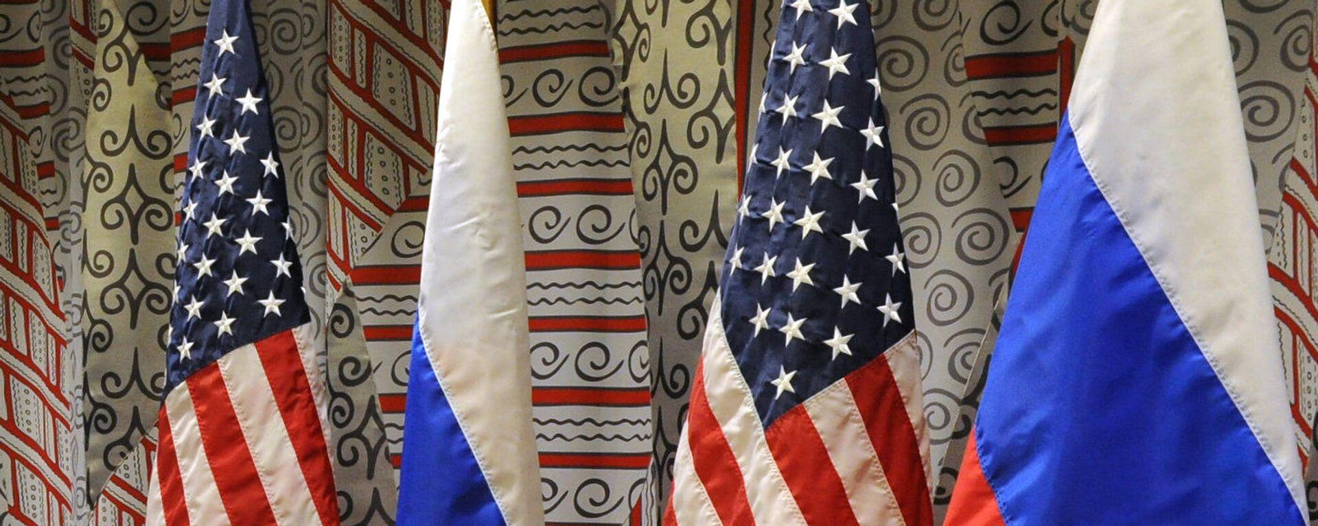 Флаги России и США - Sputnik Грузия, 1920, 29.03.2021