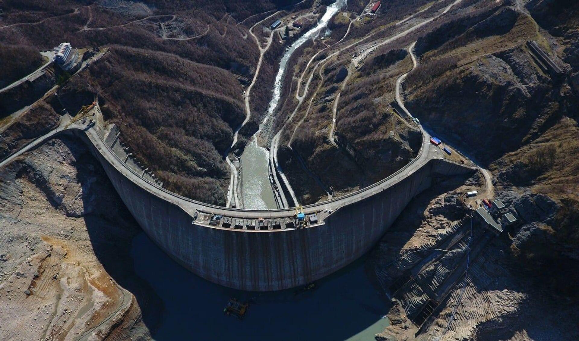 Ингури ГЭС - плотина и водохранилище в горах Земо-Сванети - Sputnik Грузия, 1920, 01.09.2021