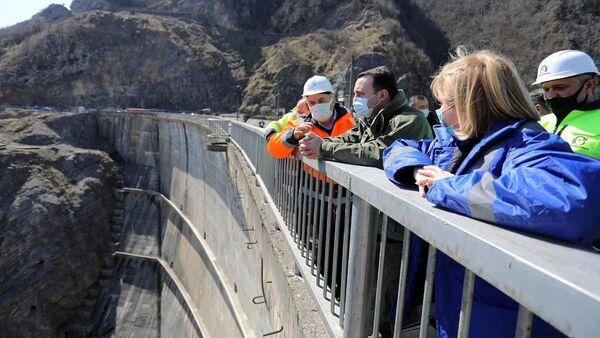 Ираклий Гарибашвили осматривает Ингури ГЭС - Sputnik Грузия