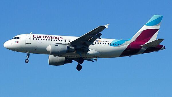 Самолет лоукостера Eurowings - Sputnik Грузия