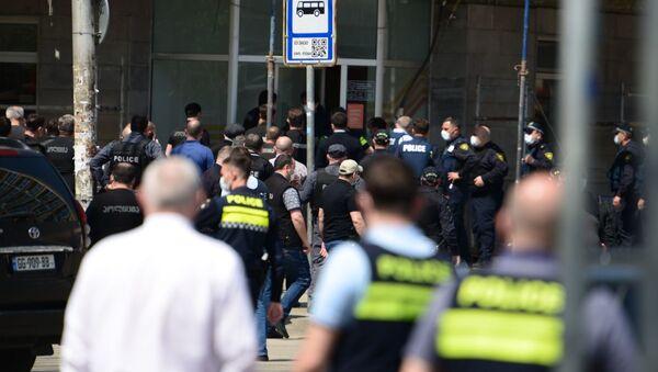 Спецоперация в столице Грузии. Вооруженное нападение на Банк Грузии 16 апреля 2021 года - Sputnik Грузия