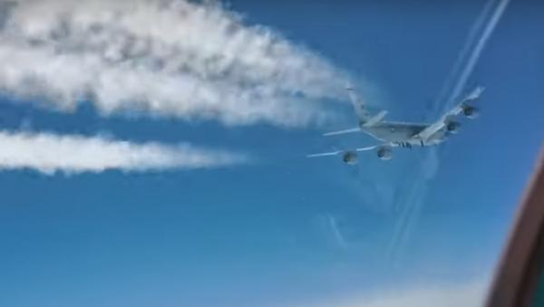 Российский МиГ-31 перехватил американский самолет-разведчик у берегов Камчатки - Sputnik Грузия