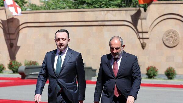 Премьер-министр Грузии Ираклий Гарибашвили прибыл в Армению с официальным визитом - Sputnik Грузия