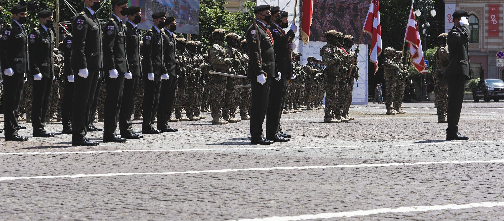 Военный парад и церемония принесения присяги. Празднование Дня Независимости Грузии 26 мая 2021 года - Sputnik Грузия, 1920, 26.05.2021