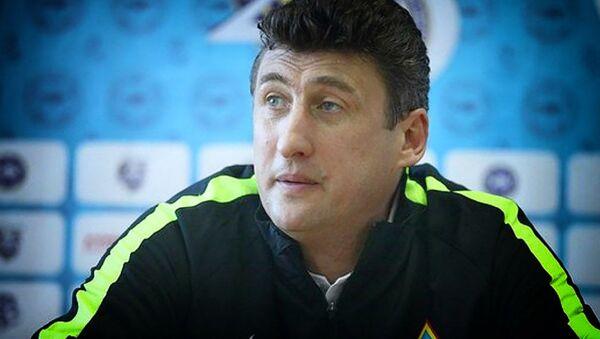 Главный тренер казахстанского Кайрата Каха Цхададзе - Sputnik Грузия