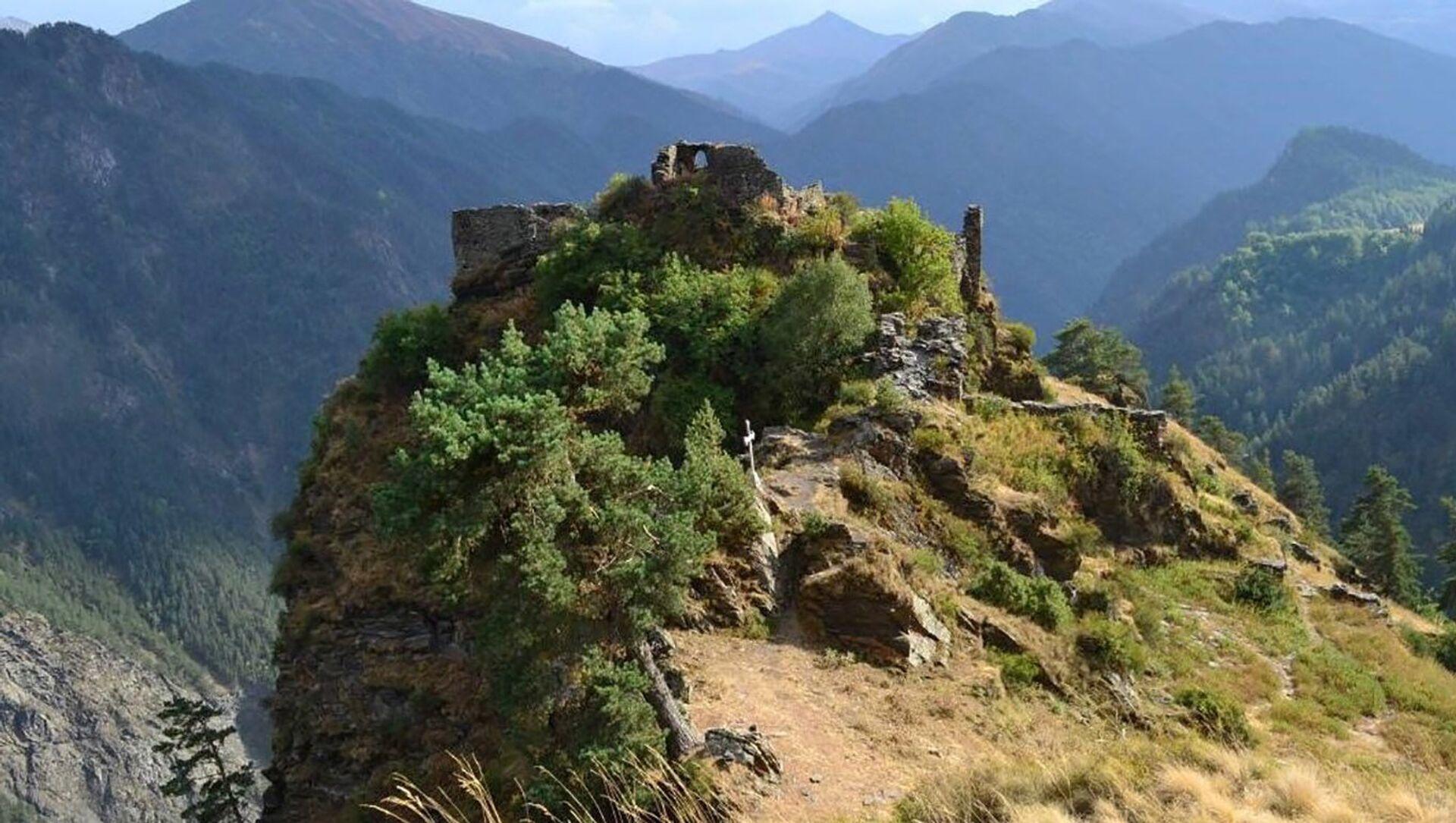 Деревня-крепость Дикло в Тушети - Sputnik Грузия, 1920, 31.05.2021