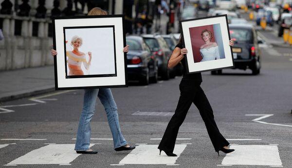 Среди поп-идолов США образ Мэрилин закрепился давно, о ней написаны сотни книг, снято множество фильмов. В 2014-м Смитсоновский институт включил ее в список 100 наиболее значимых американцев всех времен - Sputnik Грузия