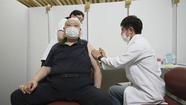 Пандемия коронавируса - вакцинация вакциной Pfizer - Sputnik Грузия