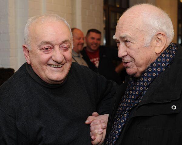 Дружбой с грузинским художником и сценаристом гордились кинематографисты и деятели искусства из многих стран, а сотрудничать с великим мастером - было большой честью для всех - Sputnik Грузия