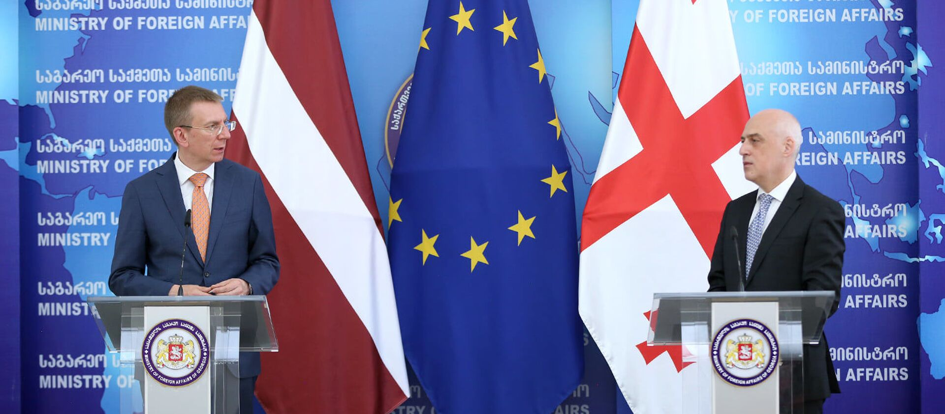 Министры иностранных дел Грузии и Латвии Давид Залкалиани и Эдгар Ринкевич - Sputnik Грузия, 1920, 07.06.2021