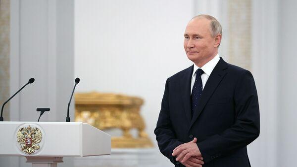 Президент РФ В. Путин провел встречу с депутатами Государственной Думы РФ седьмого созыва - Sputnik Грузия