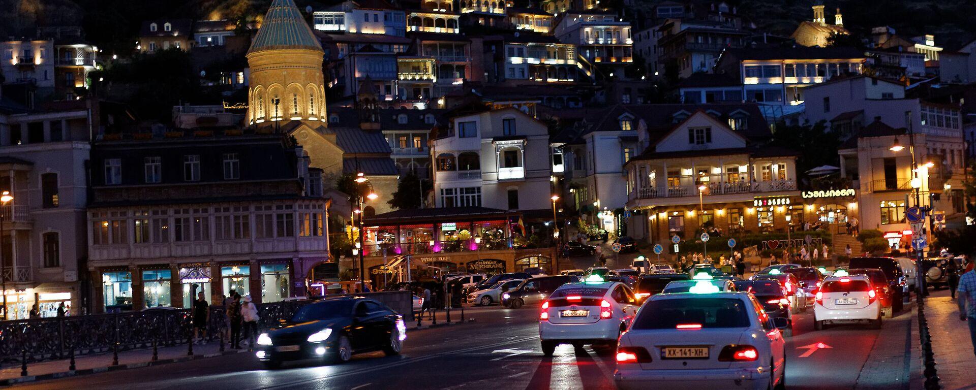 Вид на город Тбилиси ночью - Sputnik Грузия, 1920, 22.09.2021