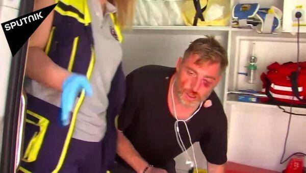 ლგბტ თემის მოწინააღმდეგეები ჟურნალისტებსა და ოპერატორებს დაესხნენ თავს - ვიდეო - Sputnik საქართველო