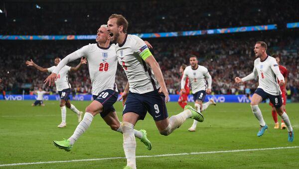 Матч между сборными Англии и Дании в рамках Чемпионата Европы 2020 - Sputnik Грузия