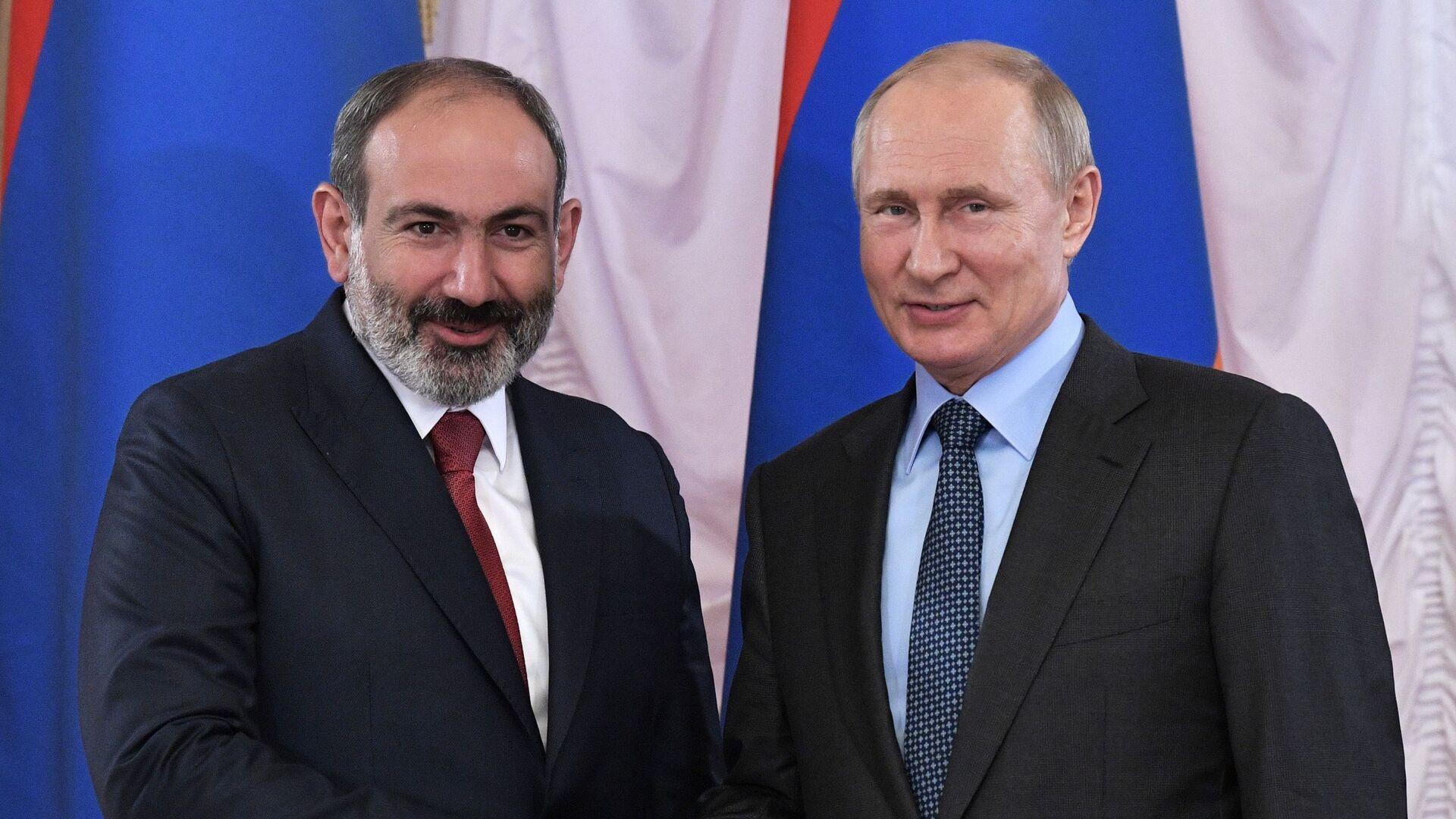 Встреча премьер-министра Армении Никола Пашиняна и президента России Владимира Путина - Sputnik Грузия, 1920, 04.10.2021