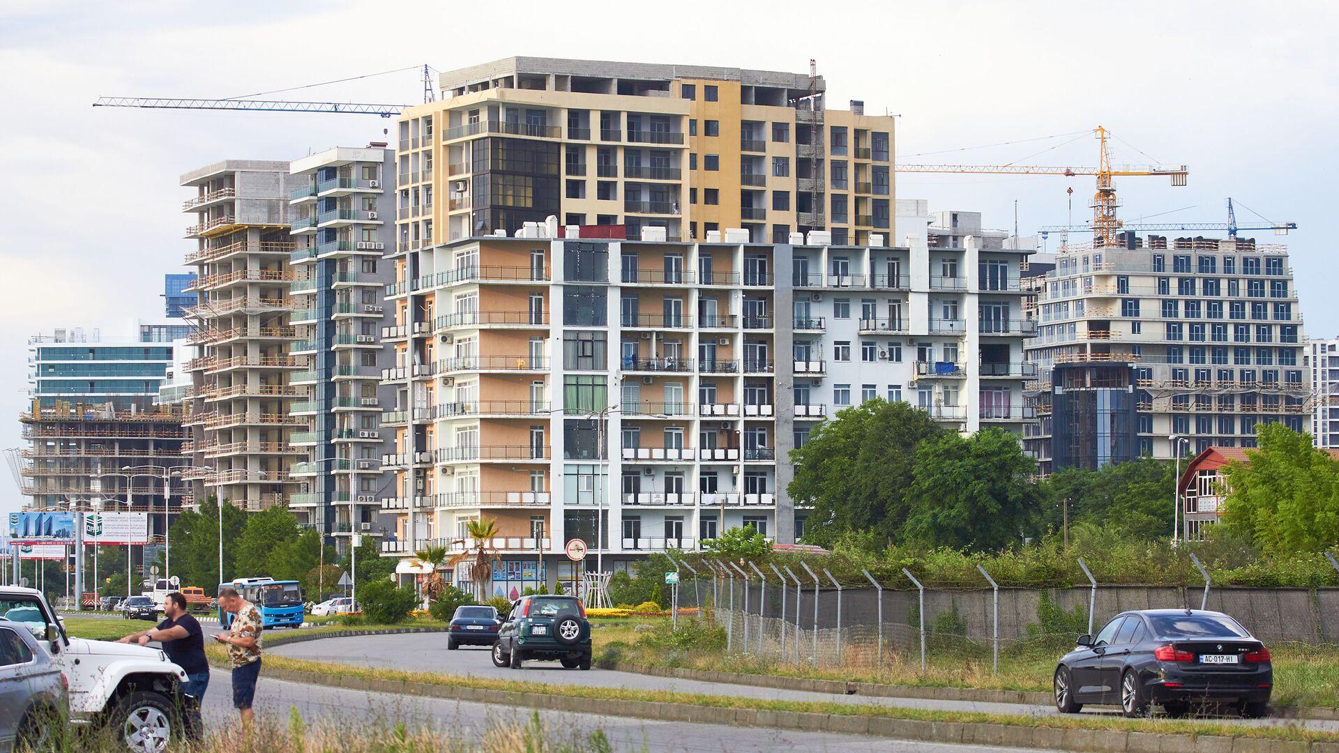 Строительство новых жилых домов на первой линии в Батуми - Sputnik Грузия, 1920, 24.09.2021