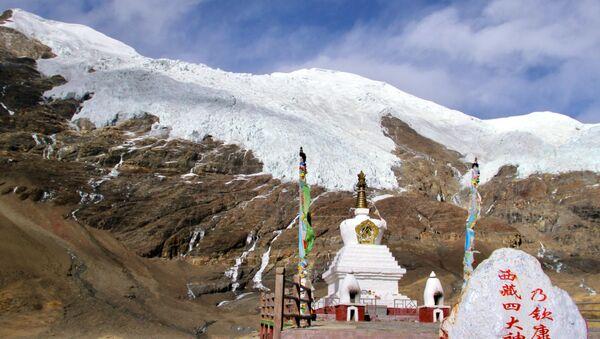 Тибет во время пандемии коронавируса - ледник Карола - Sputnik Грузия