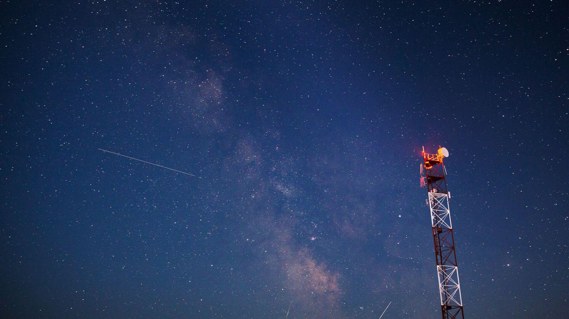 Метеорный поток Персеиды - звездное небо - Sputnik Грузия, 1920, 05.10.2021