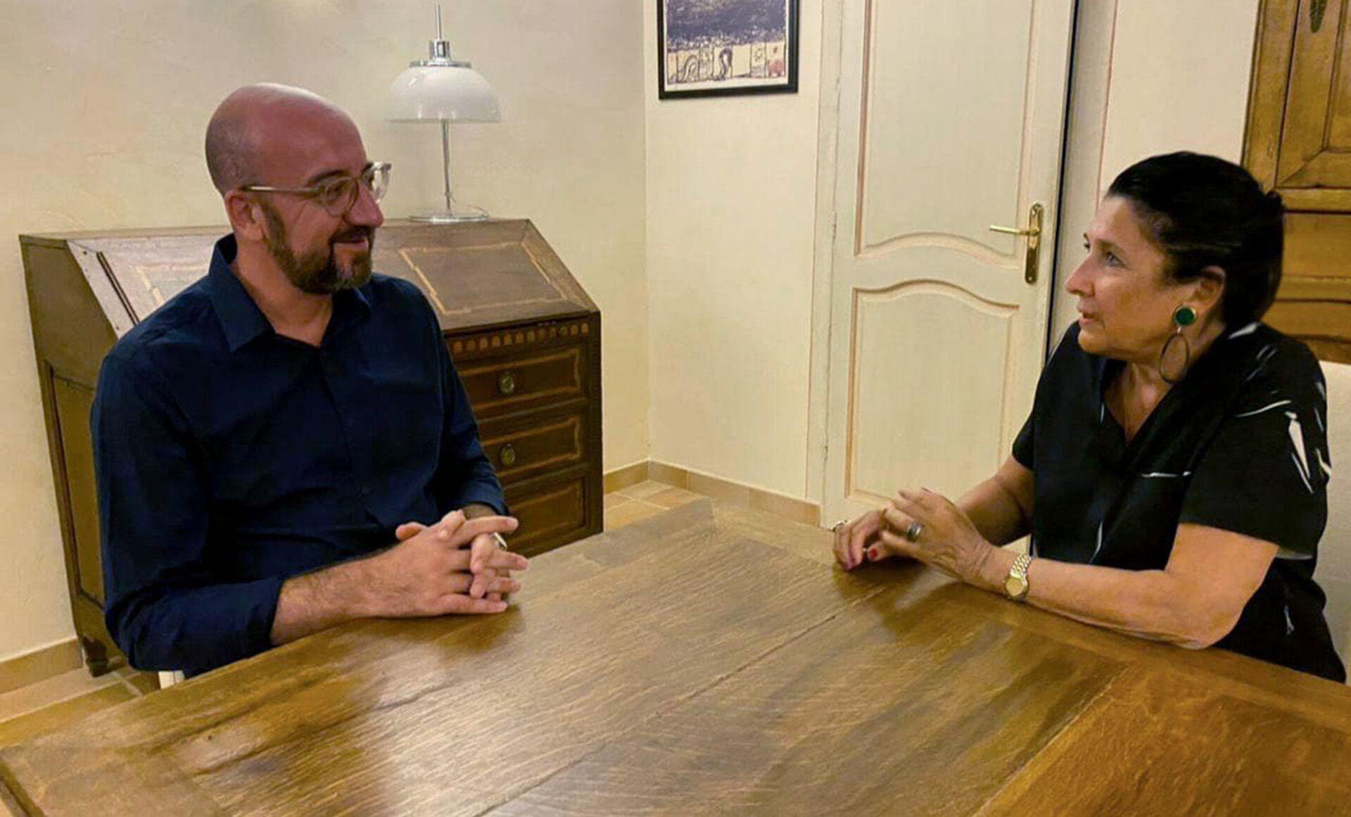 Шарль Мишель и Саломе Зурабишвили. Неформальная встреча - Sputnik Грузия, 1920, 24.08.2021