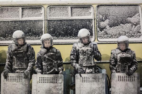Журналист работал в Киеве, Донецке, Луганске, Мариуполе, Шахтерске и Славянске - Sputnik Грузия