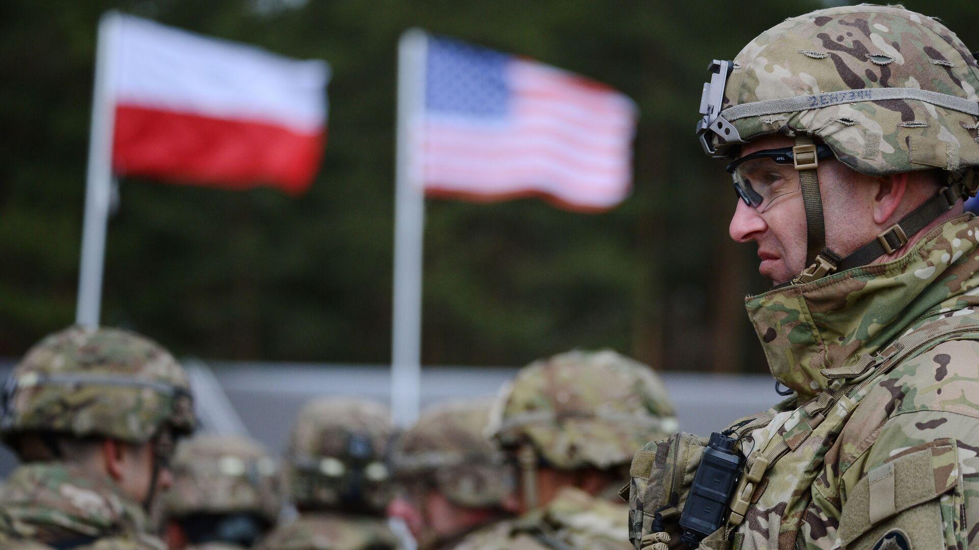 Церемония приветствия многонационального батальона НАТО под руководством США в польском Ожише. - Sputnik Грузия, 1920, 06.10.2021
