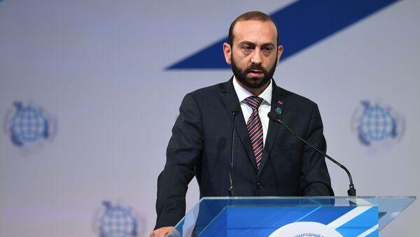 Глава МИД Армении Арарат Мирзоян - Sputnik Грузия