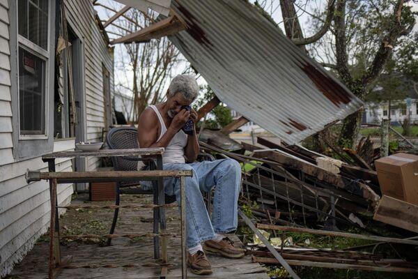 """Тропический шторм """"Ида"""" сформировался в Карибском море на прошлой неделе, по мере продвижения к западу от Кубы в южную часть Мексиканского залива он перерос в ураган - Sputnik Грузия"""