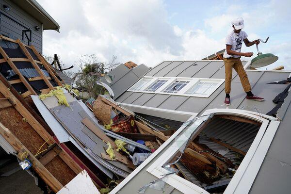 """Ураган """"Ида"""" стал испытанием на прочность для системы защиты Нового Орлеана от наводнений, которая была модернизирована после урагана """"Катрина"""", унесшего жизни 1 800 человек в 2005 году - Sputnik Грузия"""
