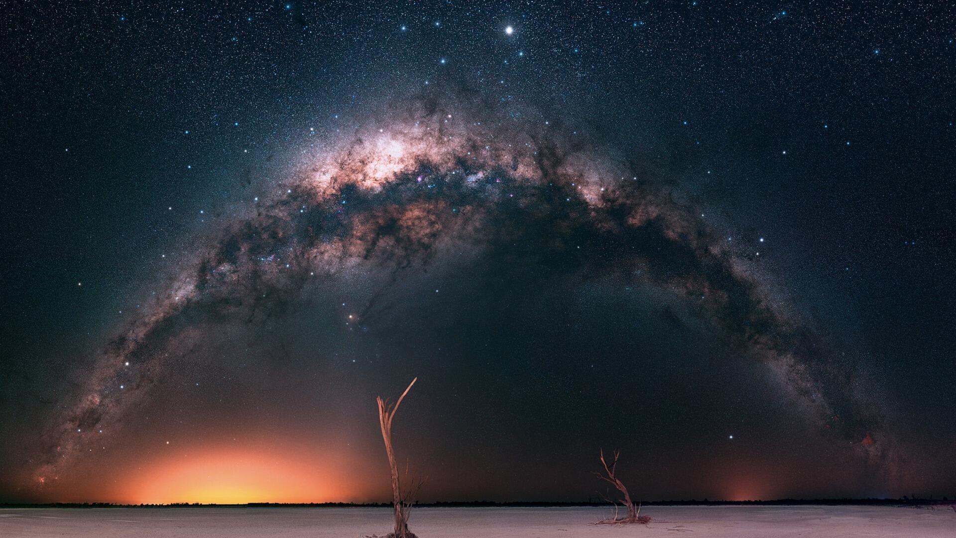 Пейзаж звездного неба Млечный путь - Sputnik Грузия, 1920, 02.09.2021