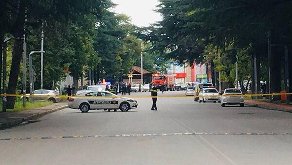 """Территория вокруг филиала """"Банка Грузии"""" в Кварели сразу была оцеплена полицией - Sputnik Грузия"""