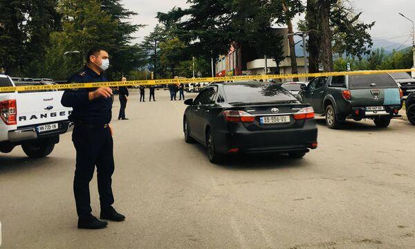 Спецоперация по обезвреживанию преступника, напавшего на филиал банка, пока продолжается - Sputnik Грузия