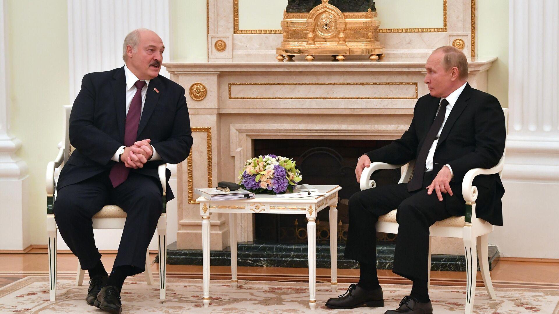 Переговоры президента РФ В. Путина с президентом Белоруссии А. Лукашенко - Sputnik Грузия, 1920, 10.09.2021