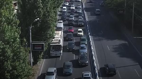Дорожный трафик в Армении: пробки и пассажиропоток  - Sputnik Грузия