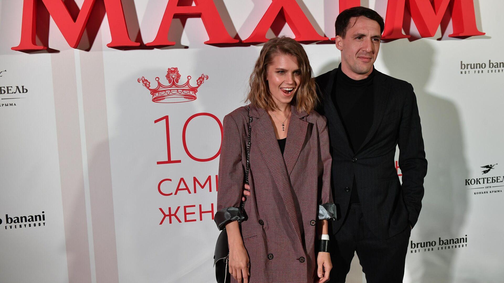 Актёры Дарья Мельникова и Артур Смольянинов - Sputnik Грузия, 1920, 19.09.2021