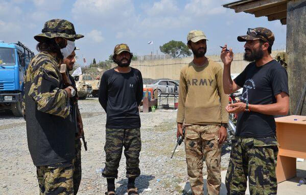 """Что с этим количеством техники и оружия будут делать силы """"Талибана""""*, покажет самое ближайшее будущее. - Sputnik Грузия"""