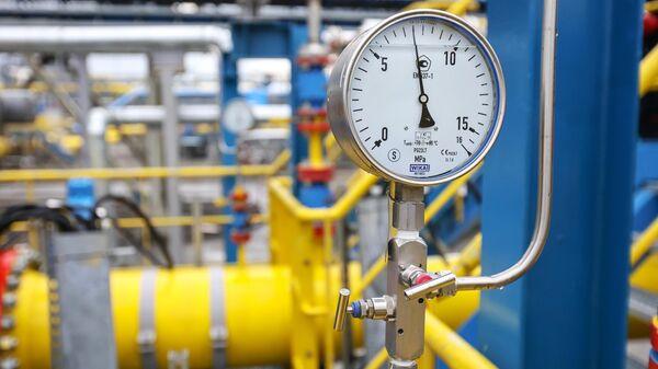 Показатель давления в измерительных линиях сырьевого газа на Амурском ГПЗ - Sputnik Грузия