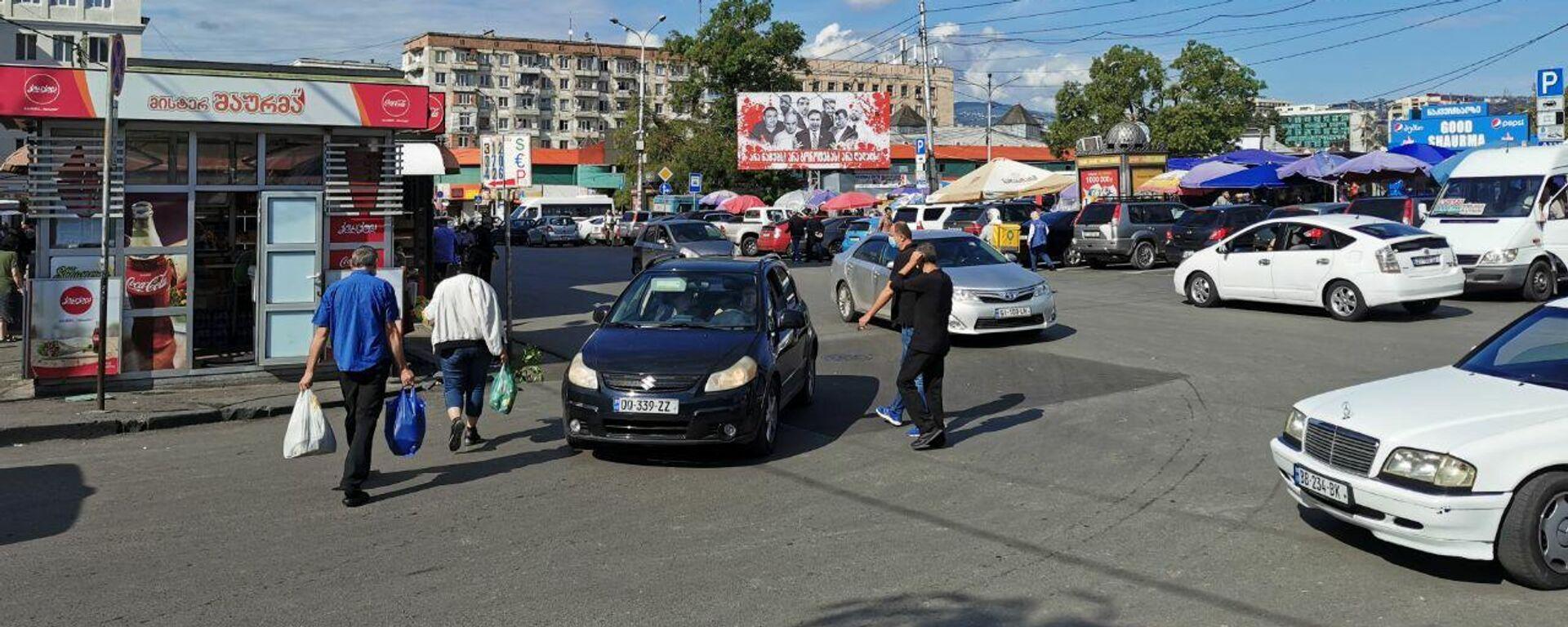 Кровавые баннеры на тбилисских улицах, предвыборная реклама. Вокзальная площадь - Sputnik Грузия, 1920, 20.09.2021