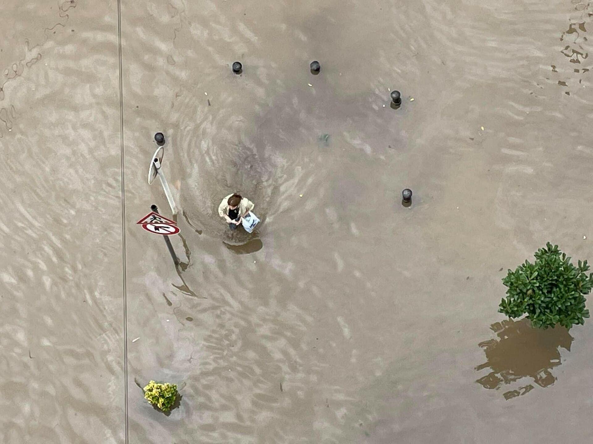 Наводнение после сильного ливневого дождя в Батуми - Sputnik Грузия, 1920, 22.09.2021