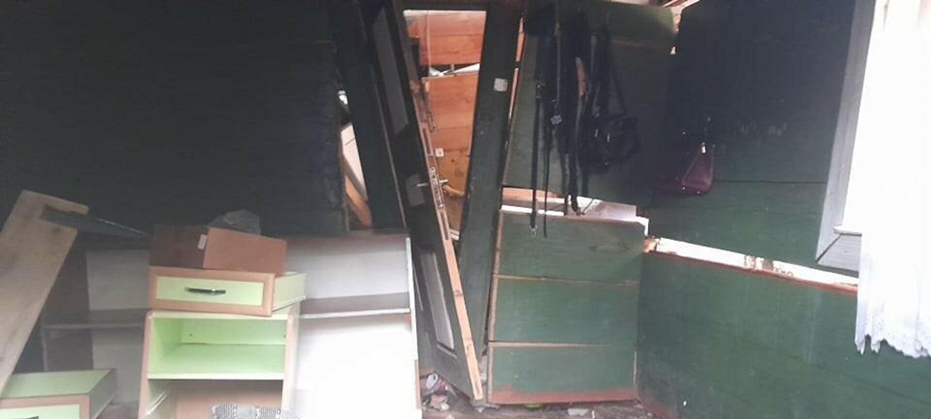 Оползень в Хелвачаурском районе Аджарии. Поврежденные и разрушенные дома в селе Периа - Sputnik Грузия, 1920, 22.09.2021