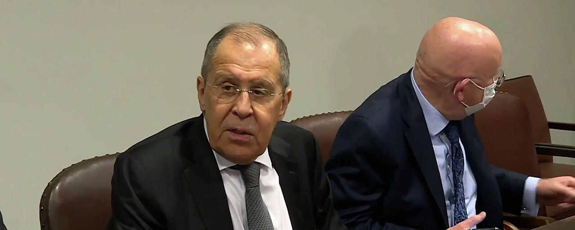 Лавров на встрече со Столтенбергом: Россия не будет вступать в НАТО - Sputnik Грузия, 1920, 25.09.2021