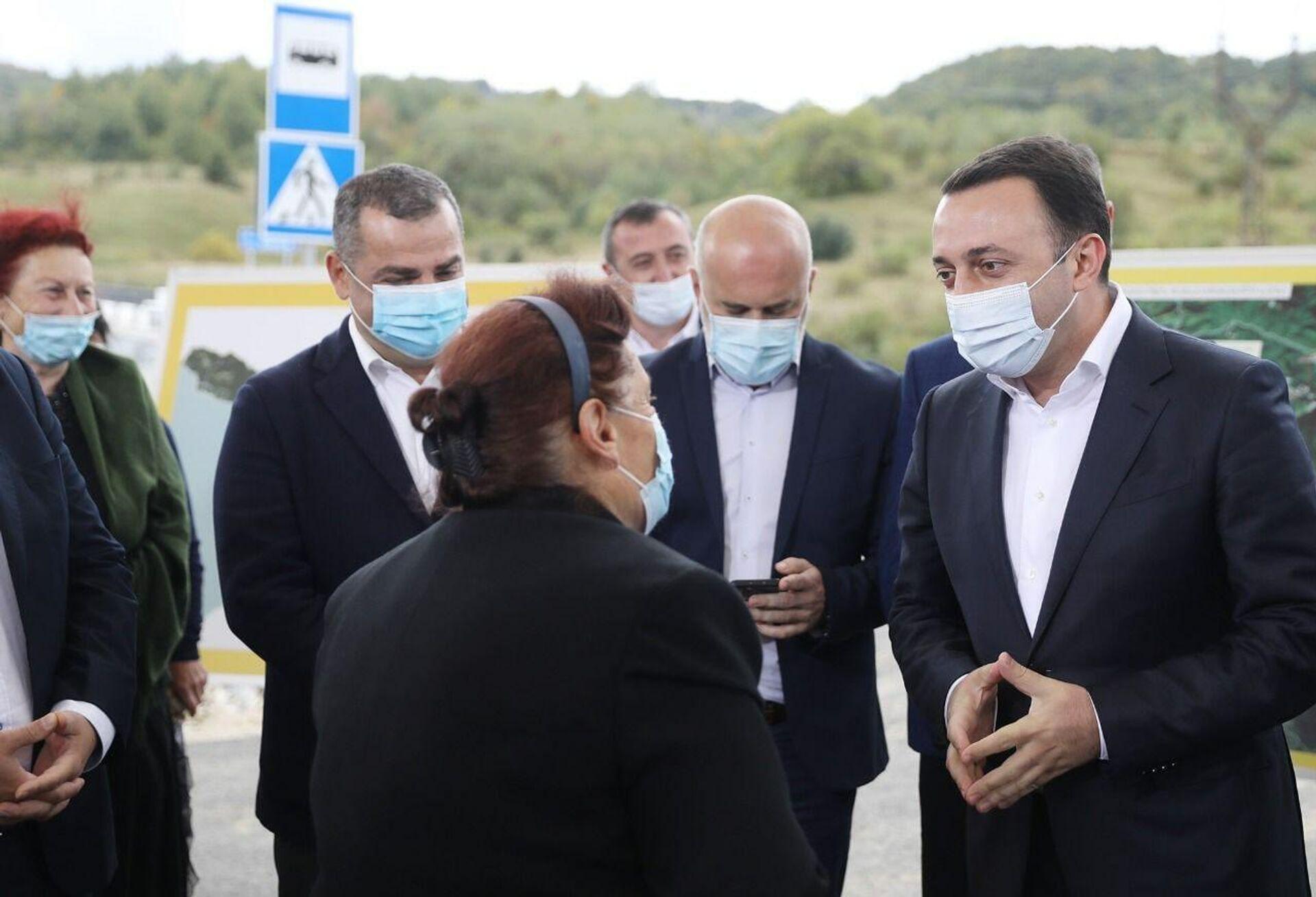 Ираклий Гарибашвили. Церемония открытия новой дороги в высокогорную Рача  - Sputnik Грузия, 1920, 28.09.2021