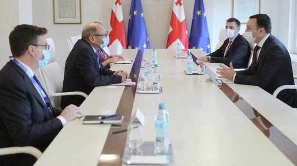 ირაკლი ღარიბაშვილის შეხვედრა OSCE/ODIHR-ის საარჩევნო-სადამკვირვებლო მისიის ხელმძღვანელ ალბერტ იონსონთან  - Sputnik საქართველო