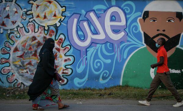 """В Кении работает общественный транспорт, рестораны и кафе. Правда, до 22:00, пока не наступит """"комендантский час"""". - Sputnik Грузия"""