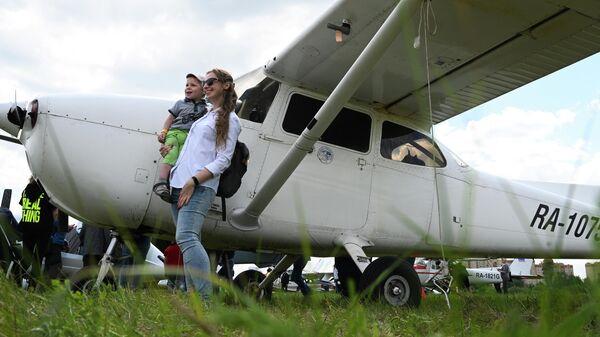 Легкий самолет Cessna-172 - Sputnik Грузия