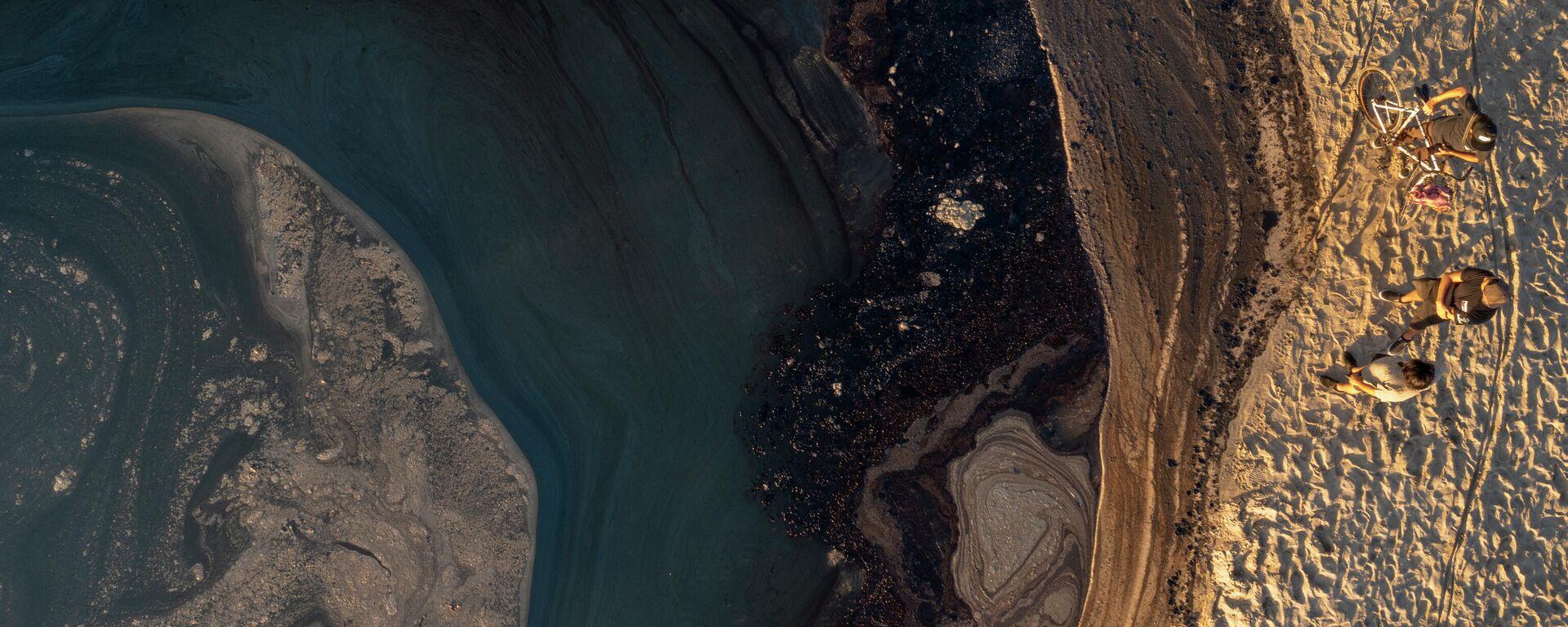 დაღვრილი ნავთობი კალიფორნიის სანაპიროზე - Sputnik საქართველო, 1920, 06.10.2021