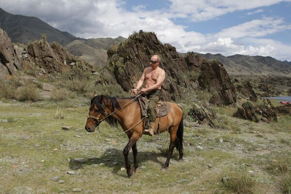 Председатель правительства РФ Владимир Путин на отдыхе в Республике Тыва - Sputnik Грузия