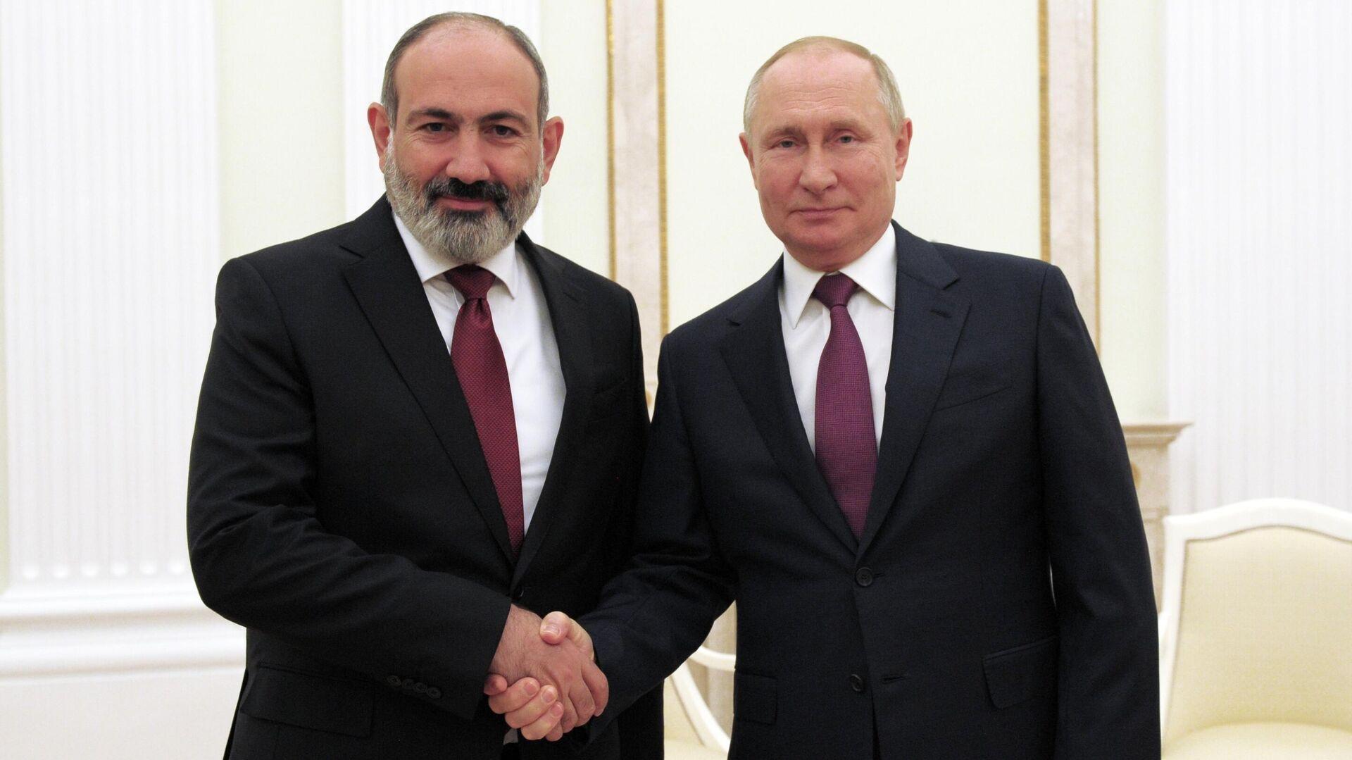 Встреча президента РФ В. Путина с премьер-министром Армении Н. Пашиняном - Sputnik Грузия, 1920, 12.10.2021